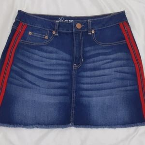 No Boundaries Blue Jean Mid-Rise Skirt Size 15